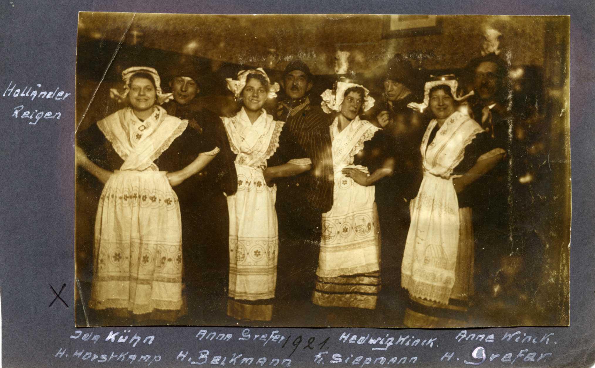 1921; nach unserer Kenntnis die erste Laienspielschar in Gahlen